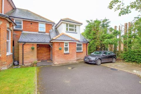 2 bedroom end of terrace house to rent - Stoneycroft, Church Lane West