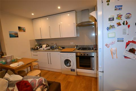 2 bedroom flat to rent - Windsor Court, 73 High Street, London, N8