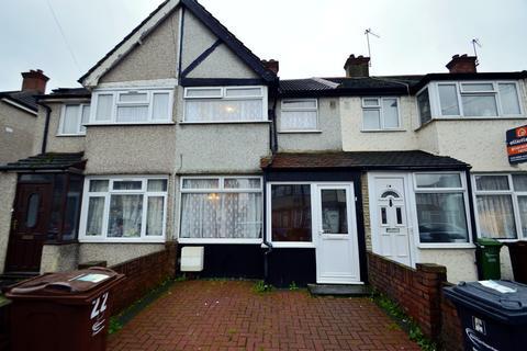 3 bedroom terraced house to rent - School Road, Dagenham