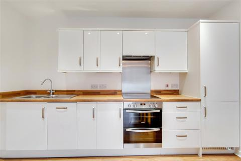 2 bedroom flat to rent - Dovetail Place, Lawrence Road, London, N15