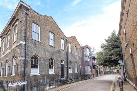 Studio to rent - Grange Walk, SE1
