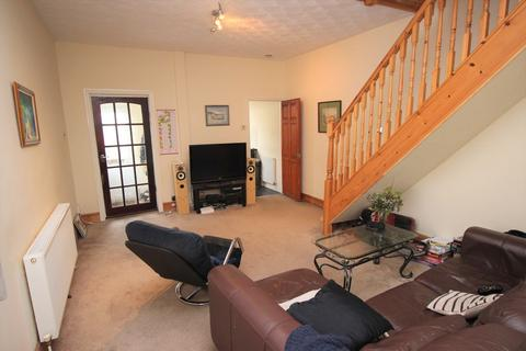 4 bedroom end of terrace house to rent - Chessel Street, Bristol