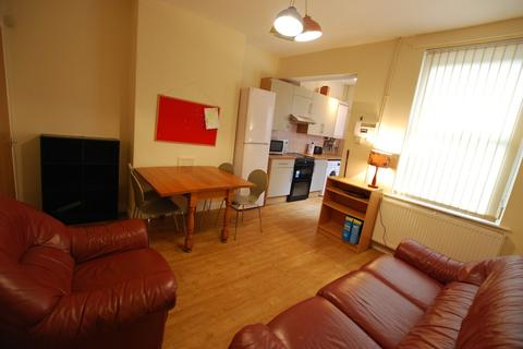 5 bedroom terraced house to rent - Springvale Rd, Crookes