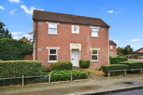 2 bedroom house for sale - Kilross Road, Bedfont