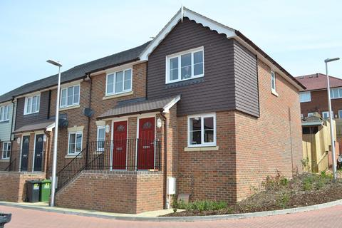 2 bedroom end of terrace house to rent - Bannister Close, High Breezes Hastings