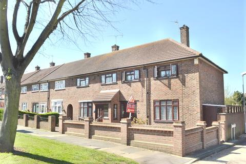3 bedroom end of terrace house to rent - Faringdon Avenue, Harold Hill