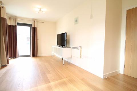 2 bedroom flat to rent - Merryfield Court, W3