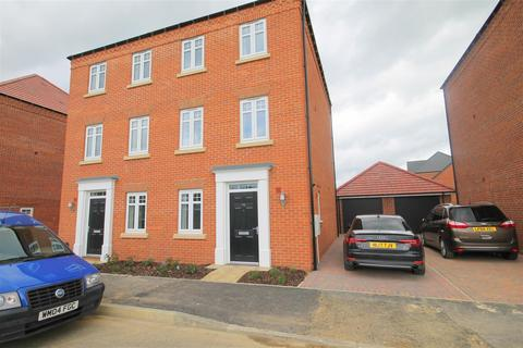 4 bedroom house to rent - Sunningdale, Durham City