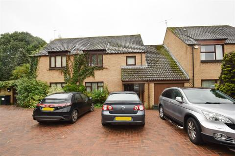 4 bedroom semi-detached house to rent - Carston Grove, Calcot, Reading