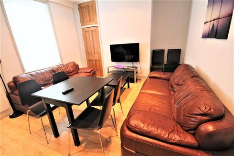 6 bedroom terraced house to rent - Hunters Road, Spital Tongues