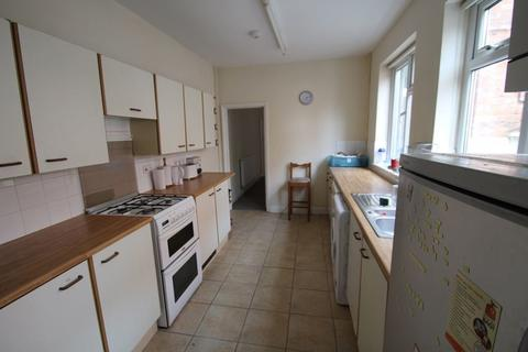 4 bedroom property to rent - Lytton Road, Clarendon Park, Leicester, LE2 1WH