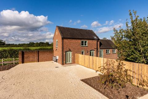 2 bedroom barn conversion for sale - Godwins Lane, Blithbury, Rugeley, WS15