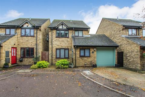 4 bedroom detached house for sale - May Close, Eaton Bray, Dunstable