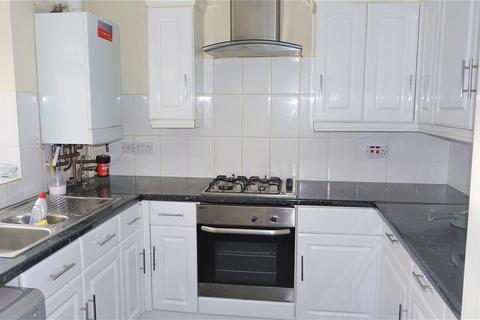 5 bedroom end of terrace house to rent - Farnham Road, Slough
