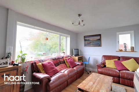 3 bedroom end of terrace house for sale - St Georges Crescent, Dover