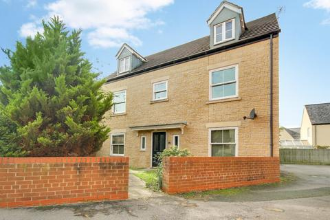 5 bedroom detached house for sale - Cassini Drive, Oakhurst, Swindon, Wiltshire, SN25