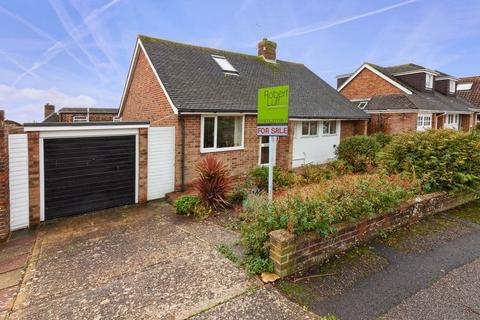 2 bedroom bungalow for sale - Heyshott Close, Lancing