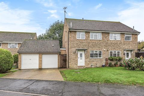 3 bedroom semi-detached house for sale - Barn Close, Seaford