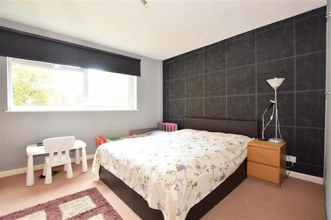 2 bedroom ground floor maisonette for sale - Manor Road, Sidcup, Kent