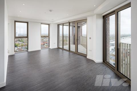 3 bedroom apartment to rent - Royal Docks West, Western Gateway, Victoria Docks, E16