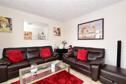 3 bedroom terraced house for sale - Wigton Road, Harold Hill, Essex