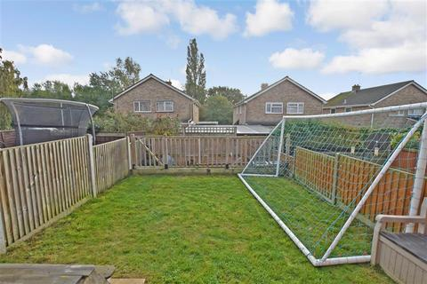3 bedroom terraced house for sale - Foxglove Green, Willesborough, Ashford, Kent