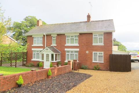 3 bedroom detached house for sale - The Hawthorns, Garthmyl, Montgomery, Powys, SY15 6RW