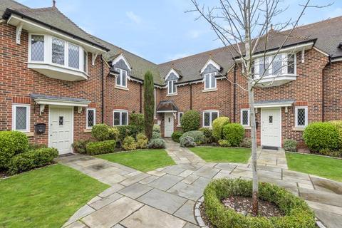 3 bedroom terraced house to rent - Drift Road, Winkfield, Windsor, Berkshire, SL4 4FG