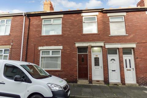 3 bedroom flat for sale - Lilburn Street, North Shields, Tyne and Wear, NE29 0JY