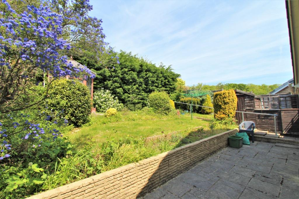 Bay Tree Rise Calcot Reading Rg31 4rg 3 Bed Bungalow