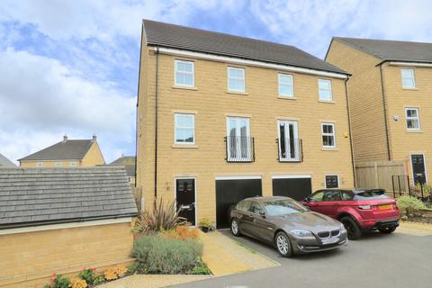3 bedroom semi-detached house for sale - 1 Camlet Close, Ovenden Wood, Fountain Head Village HX2