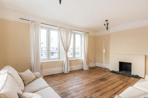 1 bedroom apartment to rent - Balham High Road, Balham, London