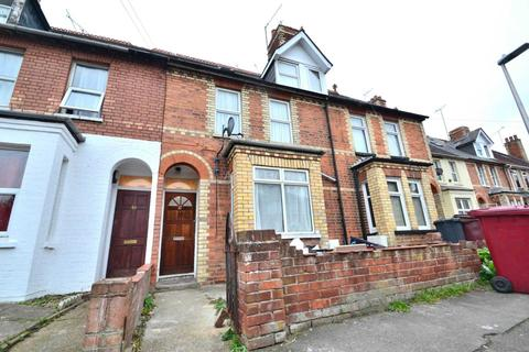 4 bedroom terraced house to rent - St Peters Road, Reading