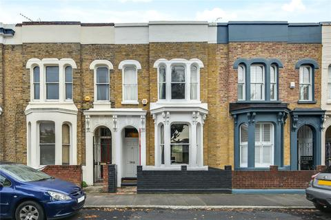 3 bedroom house for sale - Lichfield Road, Bow, London, E3