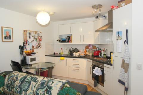 1 bedroom flat to rent - Bellevue Court, High Road, London, N22