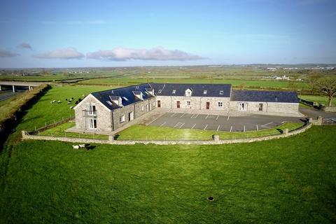 2 bedroom barn conversion for sale - Cefn Cwmwd Hall, Rhostrehwfa, North Wales