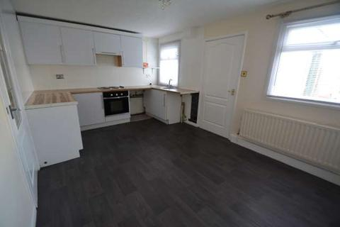 3 bedroom terraced house to rent - Larkspur, Beacon Lough, Gateshead, NE9
