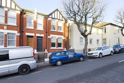 4 bedroom terraced house to rent - St James Avenue, Brighton