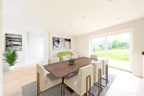 4 bedroom semi-detached house for sale - Roman Road, Ingatestone, Essex, CM4