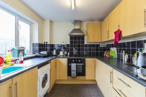 4 bedroom house to rent - Meadow Street, Treforest, Pontypridd