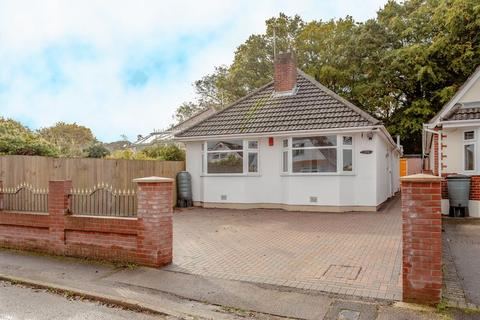 3 bedroom detached bungalow for sale - Woodlands Avenue, Poole