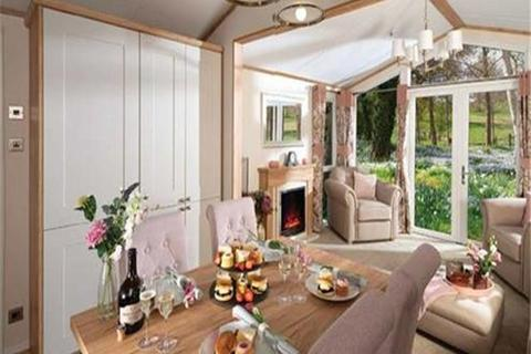 2 bedroom lodge for sale - White Cross Bay, Windermere, LA23