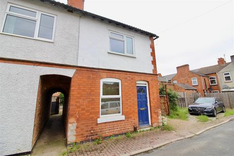 3 bedroom semi-detached house to rent - New Street, Kegworth, Derby