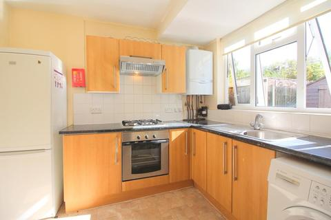 3 bedroom semi-detached house to rent - Somervell Road, Harrow