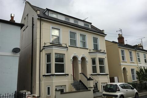 1 bedroom flat to rent - Marle Hill Parade, Cheltenham