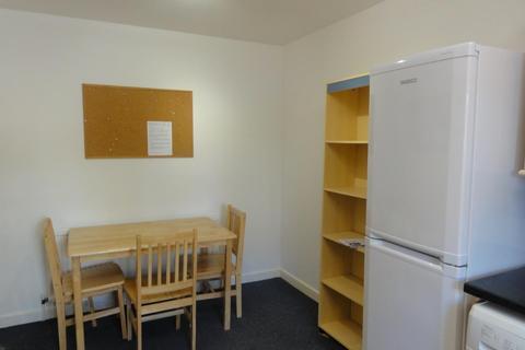 3 bedroom flat to rent - 365 Crookesmoor Road