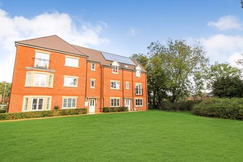 2 bedroom apartment for sale - BEAUTIFUL TWO BEDROOM APARTMENT IN JELLICOE DRIVE