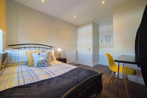 5 bedroom apartment to rent - Sackville Street, Southsea