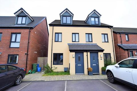 3 bedroom semi-detached house for sale - Haven Walk, Barry