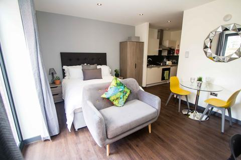 1 bedroom apartment to rent - Apartment 2, 83 Cardigan Lane, Headingley
